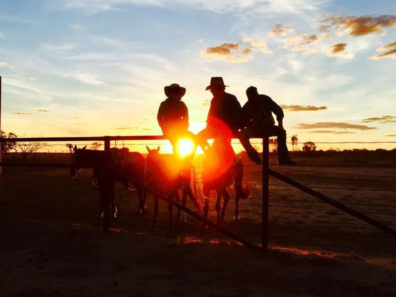 Tanbar sunset